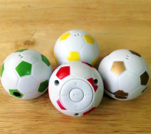 เครื่องเล่นmp3 ขนาดเล็ก รุ่น ลูกฟุตบอล (Mini MP3Player Ball)