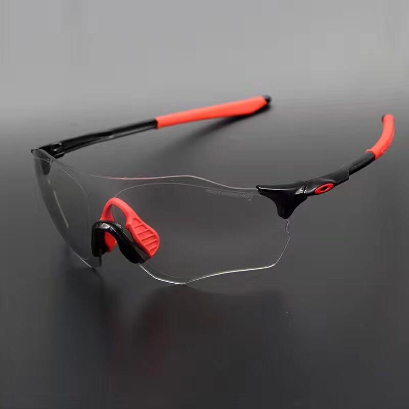 แว่นตาปั่นจักรยาน OAKLEY Photochromic สำเนา