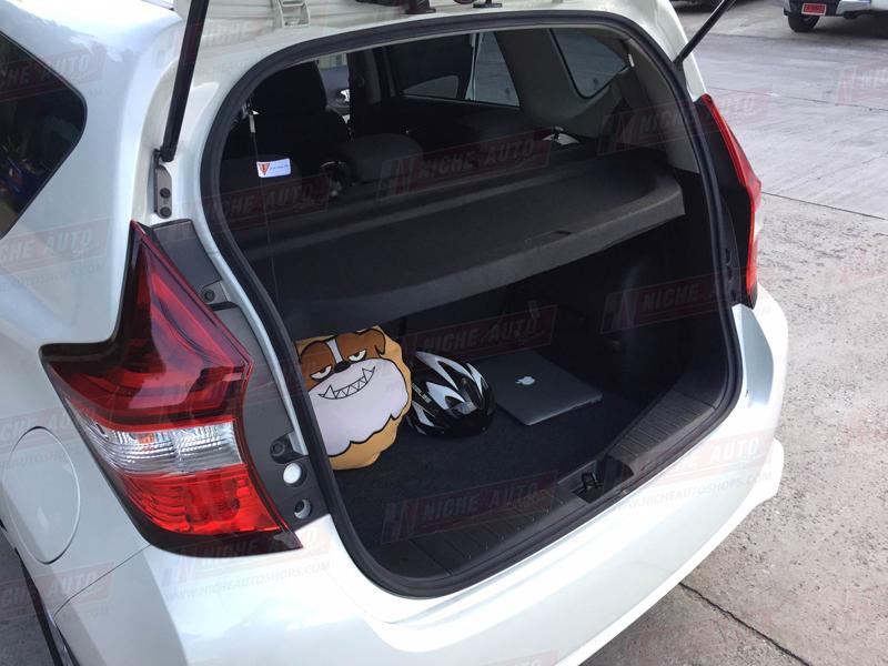 แผ่นปิดท้าย NissanNote 2017