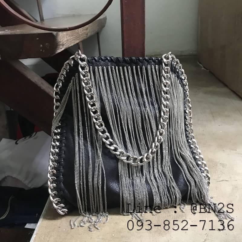 กระเป๋า mini vintage bag สายโซ่ 8 นิ้ว หนังดำ
