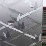 "PVC สูญญากาศติดกระจกป้องกัน UV ""ลายไผ่"" หน้ากว้าง 90 cm"