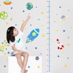 """สติ๊กเกอร์ติดผนังที่วัดส่วนสูงสำหรับเด็ก """"Space Craft"""" สเกลเริ่มต้น 50cm ถึง 170cm"""