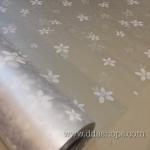 """สติ๊กเกอร์ติดกระจกแบบมีกาวในตัว """"White Flower Vine"""" หน้ากว้าง 90 cm ตัดแบ่งขายเมตรละ 189 บาท (ขั้นต่ำ 3m)"""