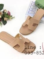 รองเท้าแตะผู้หญิง ตัว H หนัง ปั๊ม พร้อมกล่อง 36-40 สีครีม