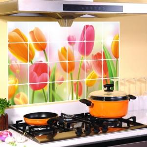 """สติ๊กเกอร์ติดครัวกันน้ำมันกระเด็น """"Love Cosy Tulips"""" ขนาด 60 cm x 90 cm"""